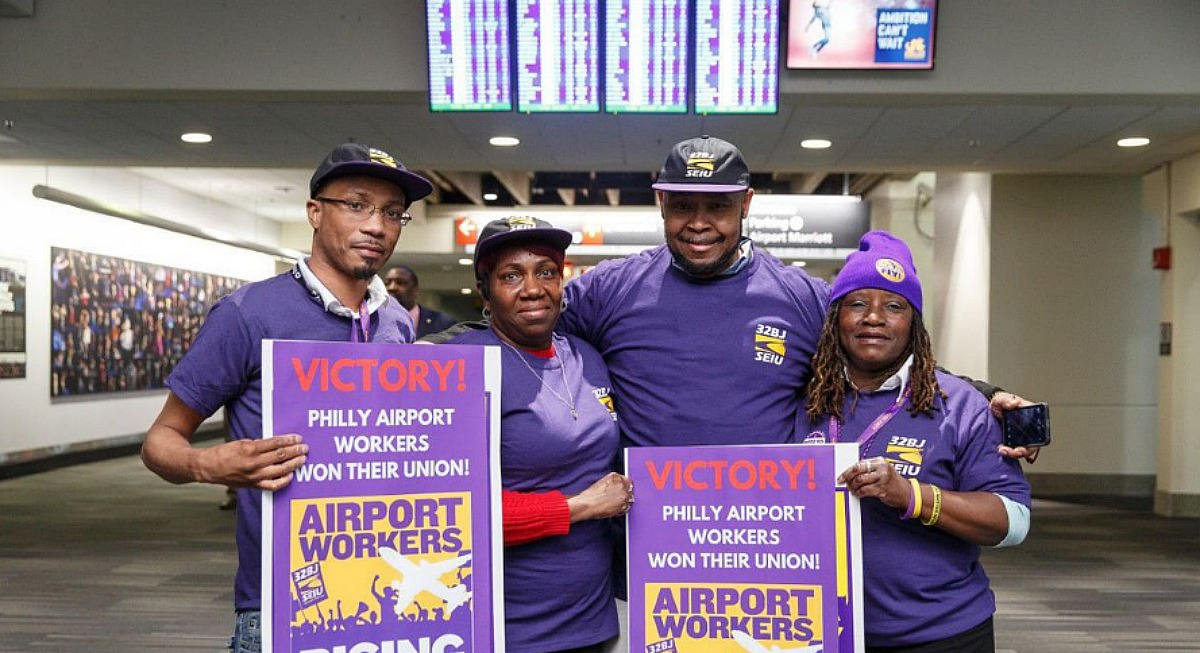Airports workers' vote ends long fight to unionize